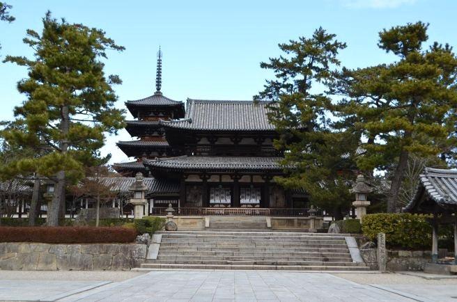 140209 2501W horyuji temple.jpg