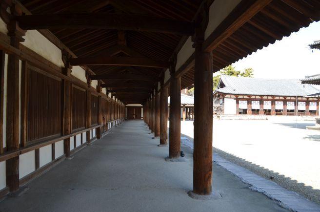 140209 2511W horyuji temple.jpg