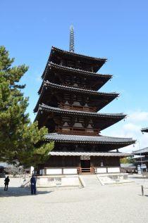 140209 2521S horyuji temple.jpg
