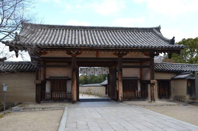 140209 2603W horyuji temple.jpg