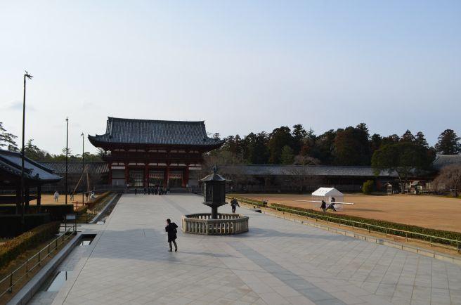 140210 3122W todaiji temple.jpg